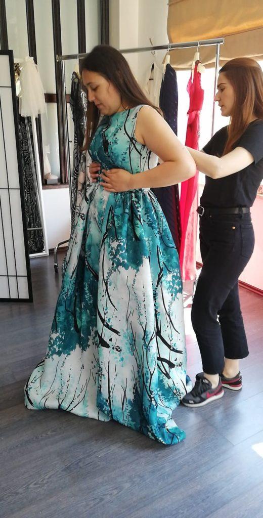 rochia verde de mireasa probă